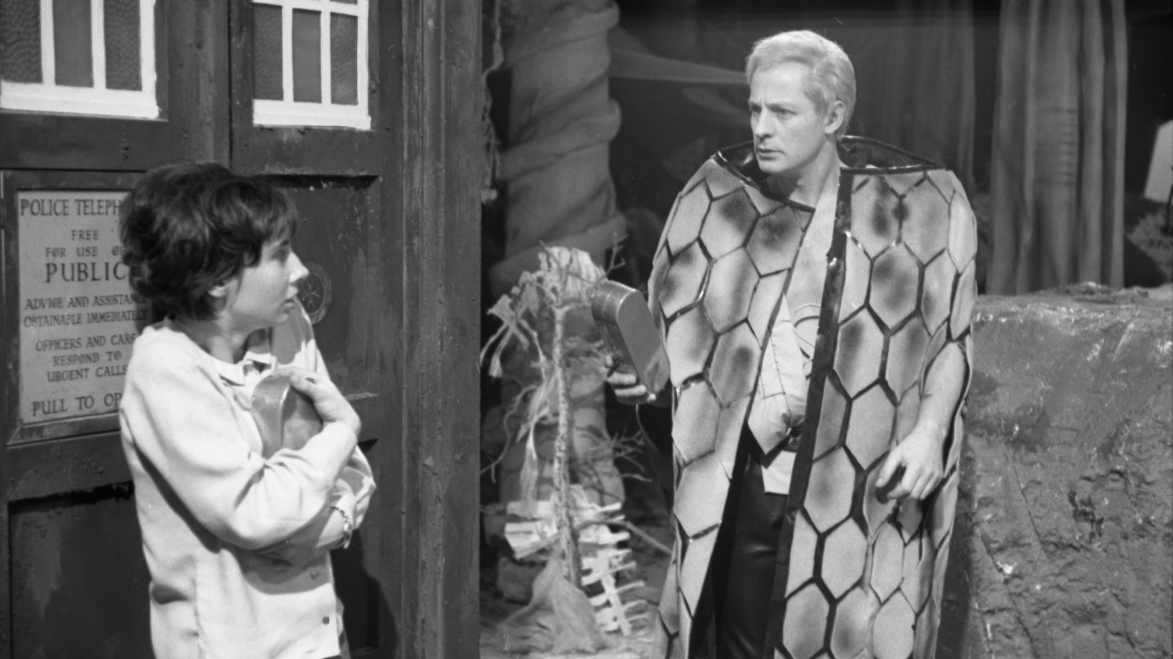 Doctor Who Season 1 :Episode 7  The Escape