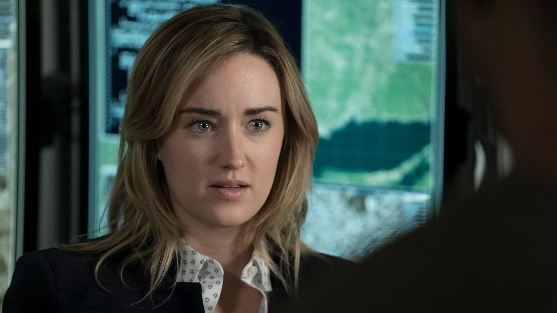 Blindspot Season 2 :Episode 11  Droll Autumn, Unmutual Lord