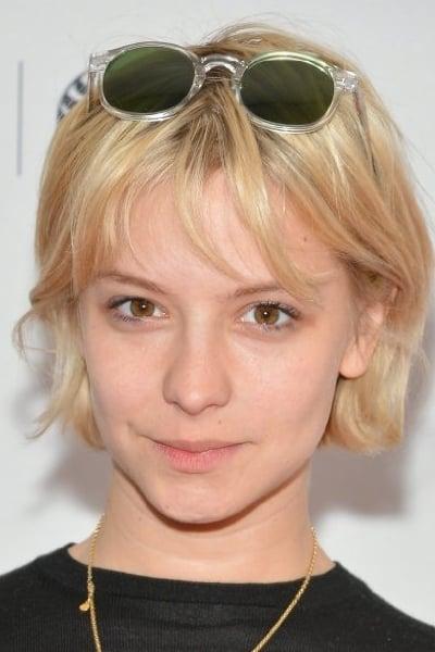 Annabelle Dexter-Jones is Molly