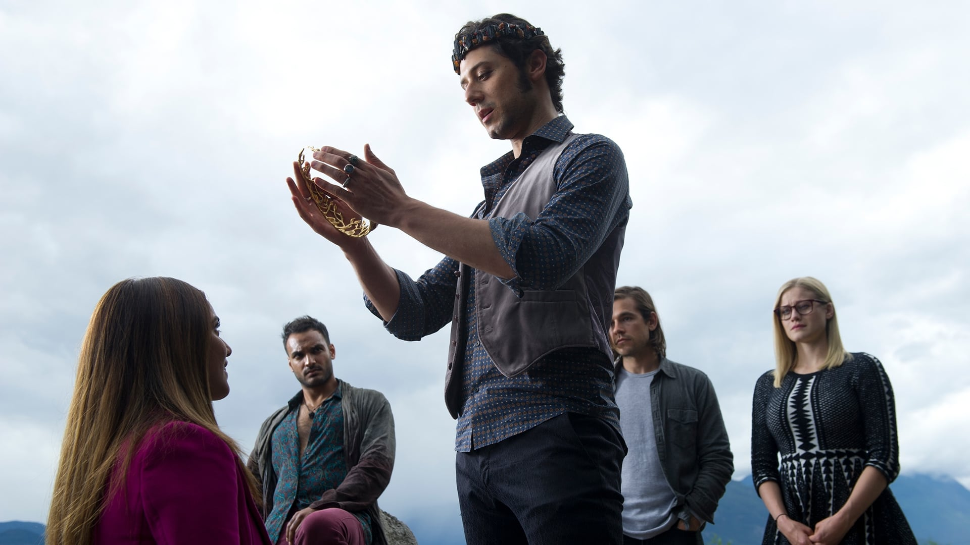 The Magicians Season 2 :Episode 1  Knight of Crowns