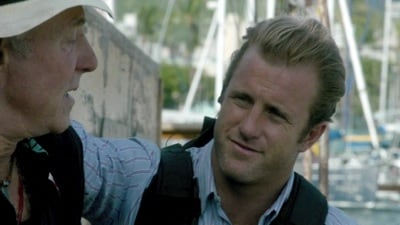 Hawaii Five-0 Season 2 :Episode 18  Radio