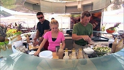 The Amazing Race Season 18 :Episode 12  This is Where It Ends (2)