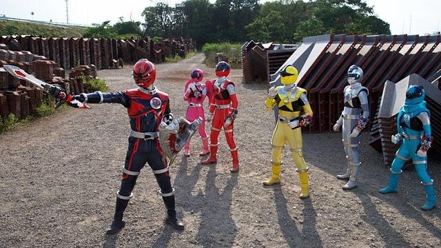 Super Sentai Season 41 :Episode 22  The True Identity of the Legendary Savior