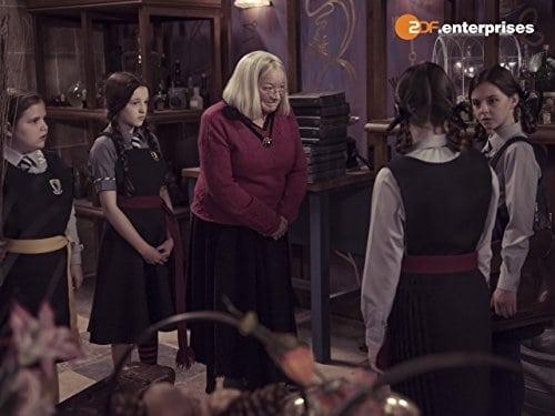 the worst witch season 1 episode 1