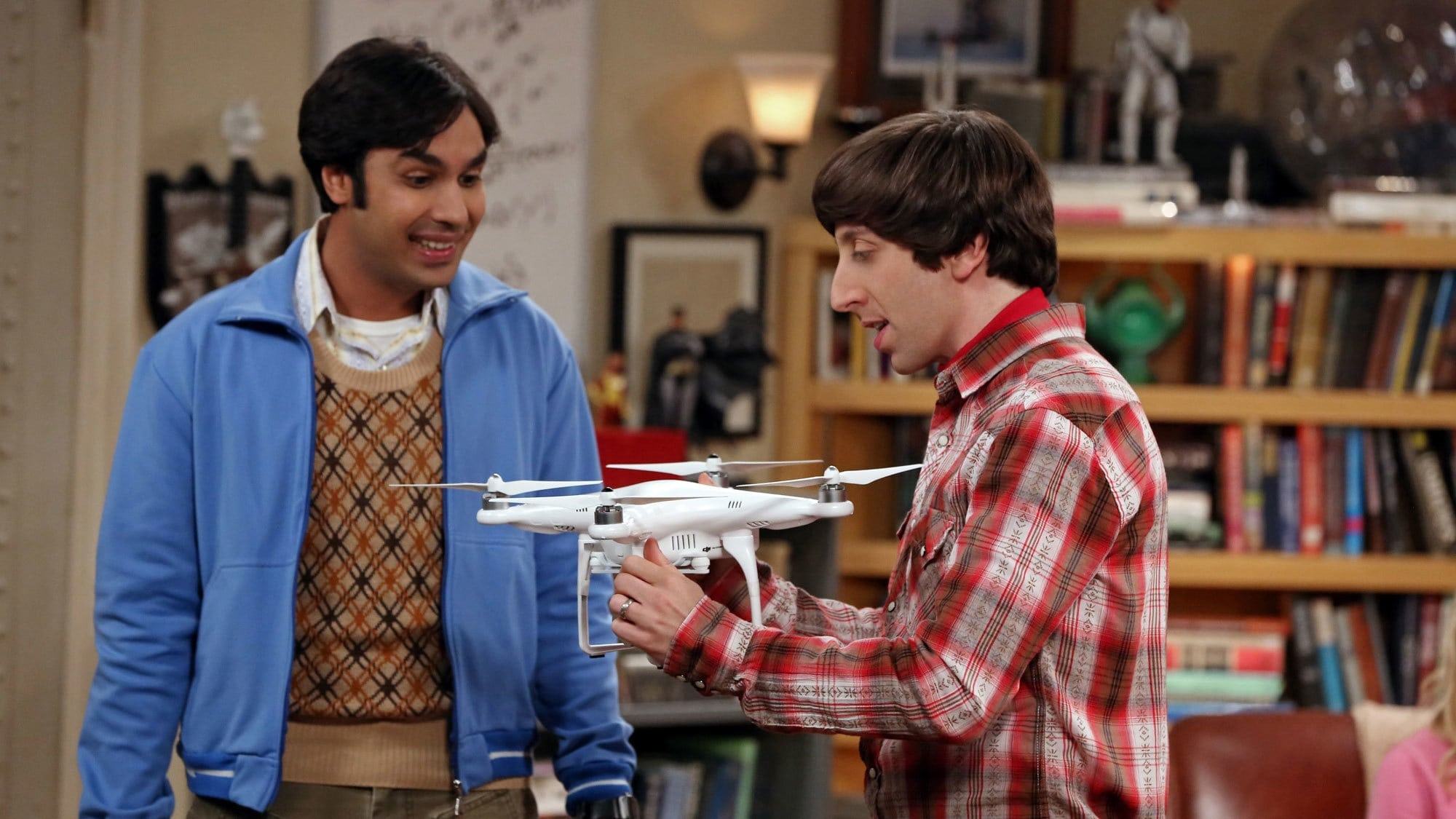 The Big Bang Theory Season 8 :Episode 22  The Graduation Transmission