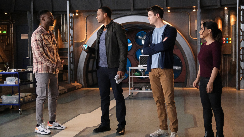 The Flash Season 7 :Episode 16 P.O.W.