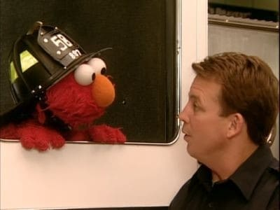 Sesame Street Season 33 :Episode 31  Elmo Visits The Firehouse
