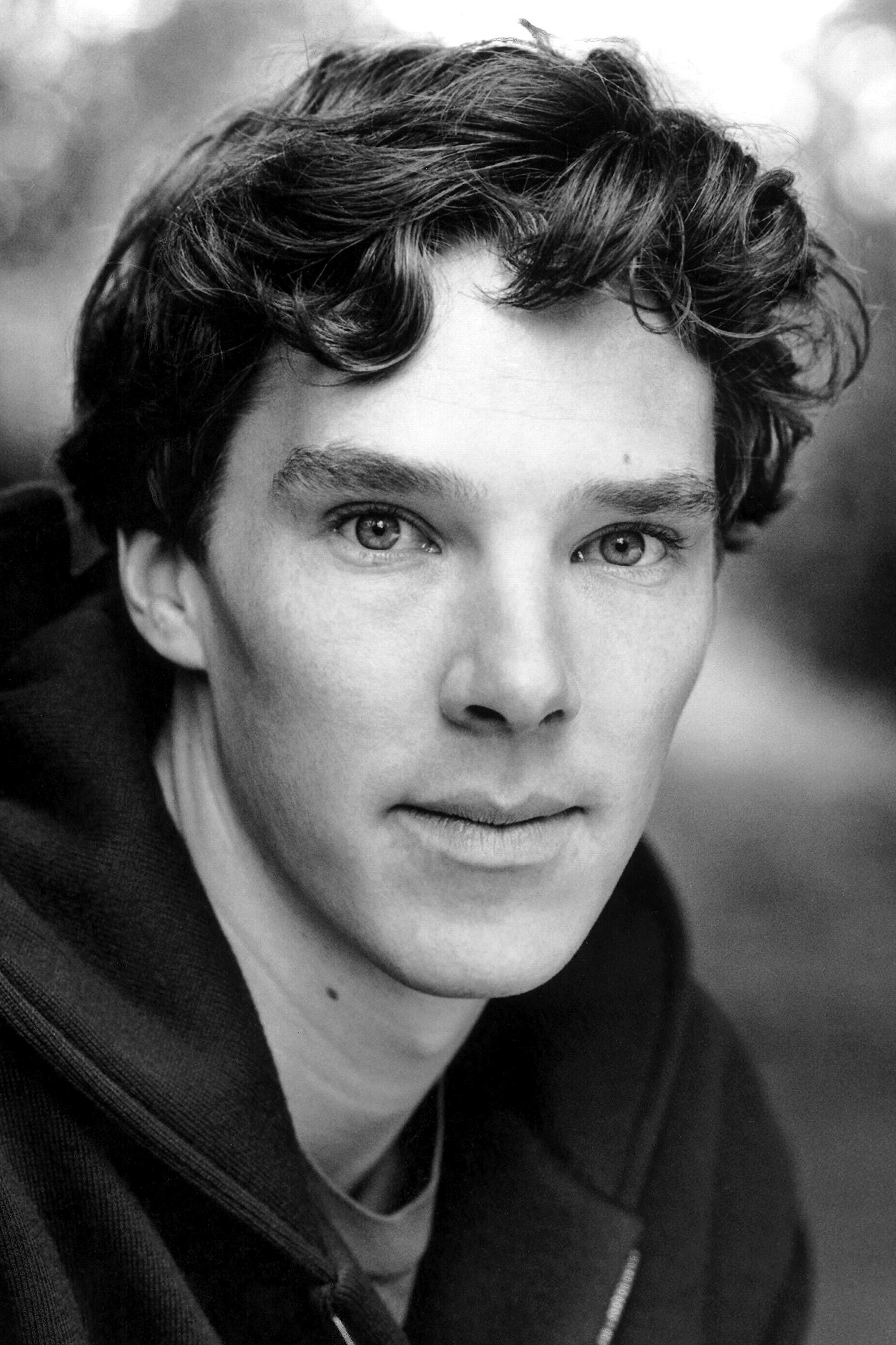Benedict Cumberbatch Biography - YIFY TV Series