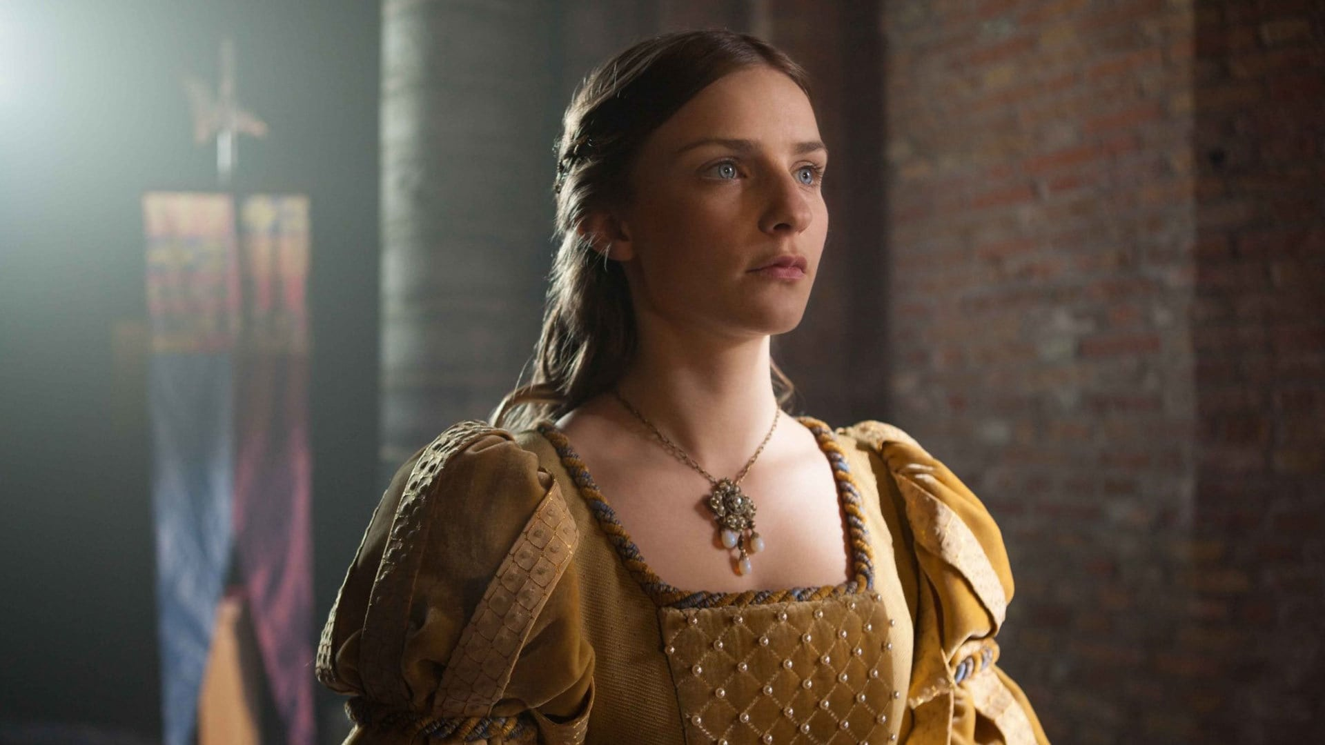 With Aneurin Barnard Rebecca Ferguson Amanda Hale Faye Marsay Three different yet equally relentless women vie for the throne in 15th Century England