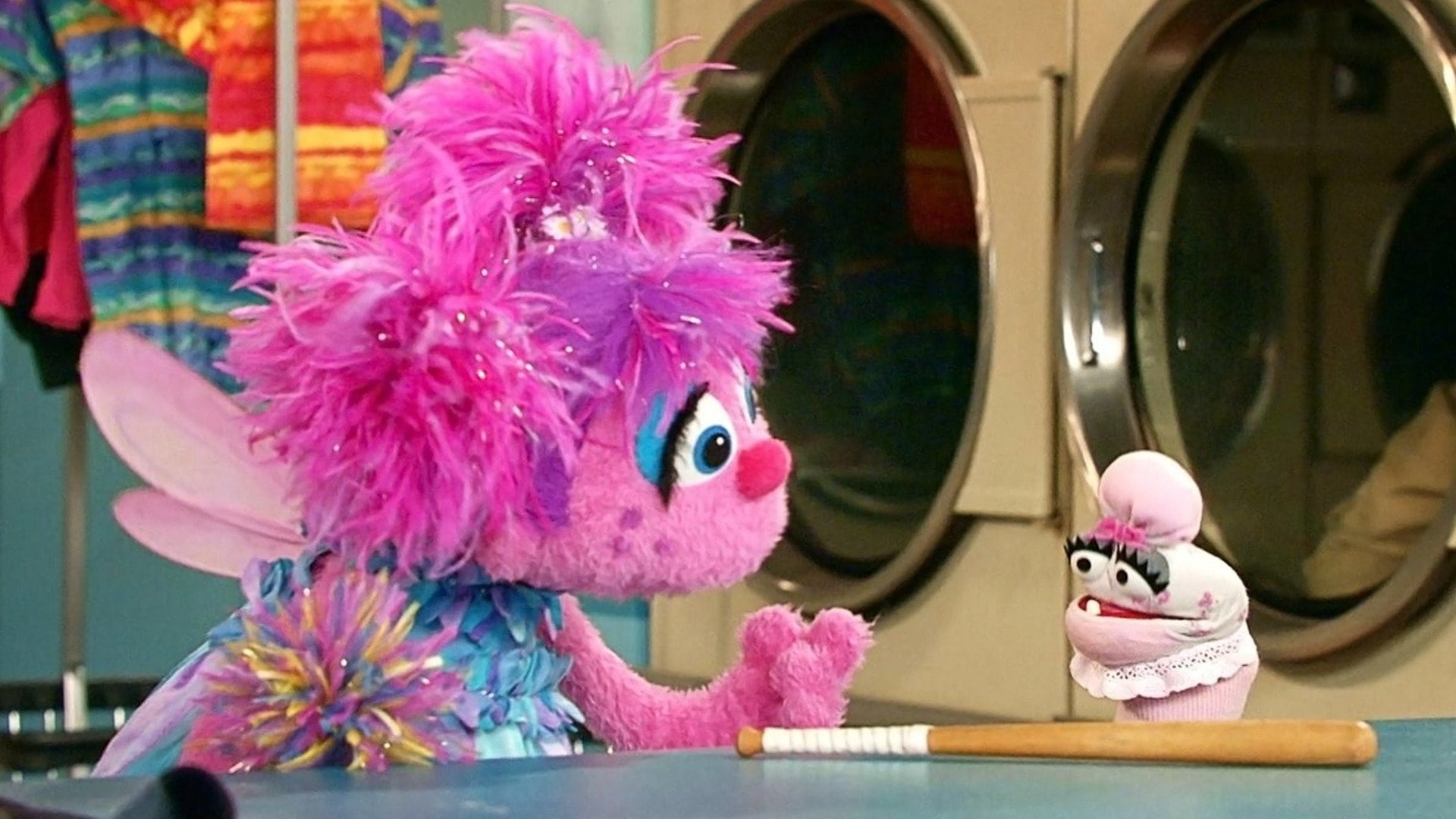 Sesame Street Season 48 :Episode 8  Abby's Sock Solution