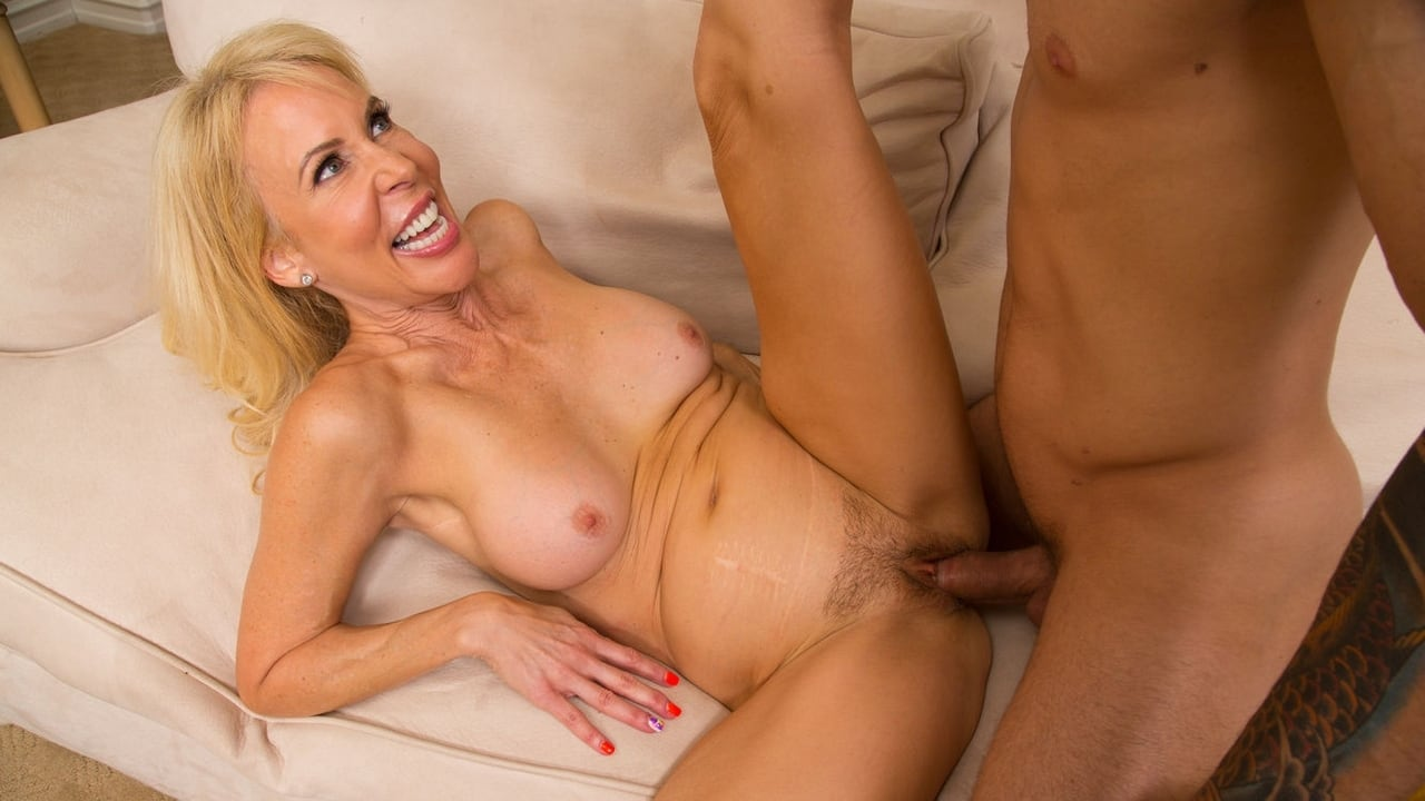 Fuck that cougar porn movies bust