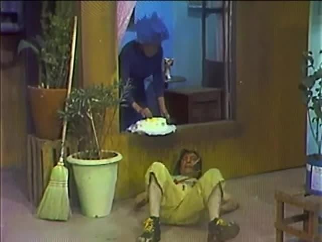 Watch El Chavo del Ocho Season 1 Episode 3 full episode online Free HD