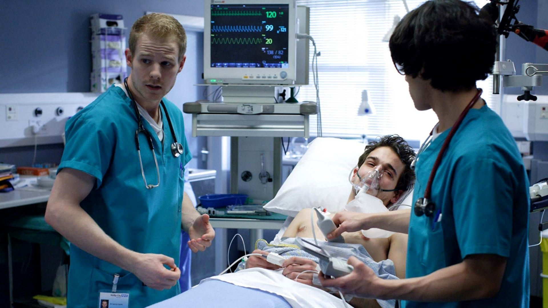Casualty Season 24 :Episode 42  Going Solo