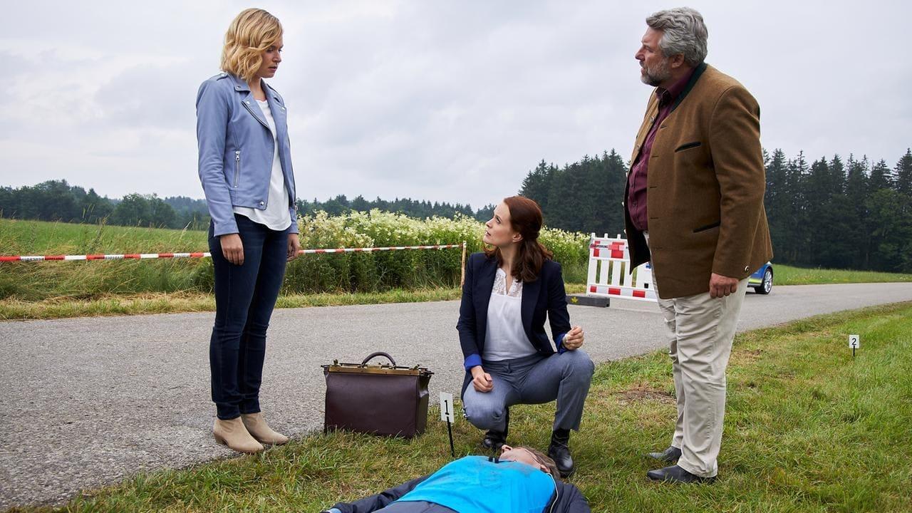 Die Rosenheim-Cops Season 19 :Episode 24  Der tote Sommer