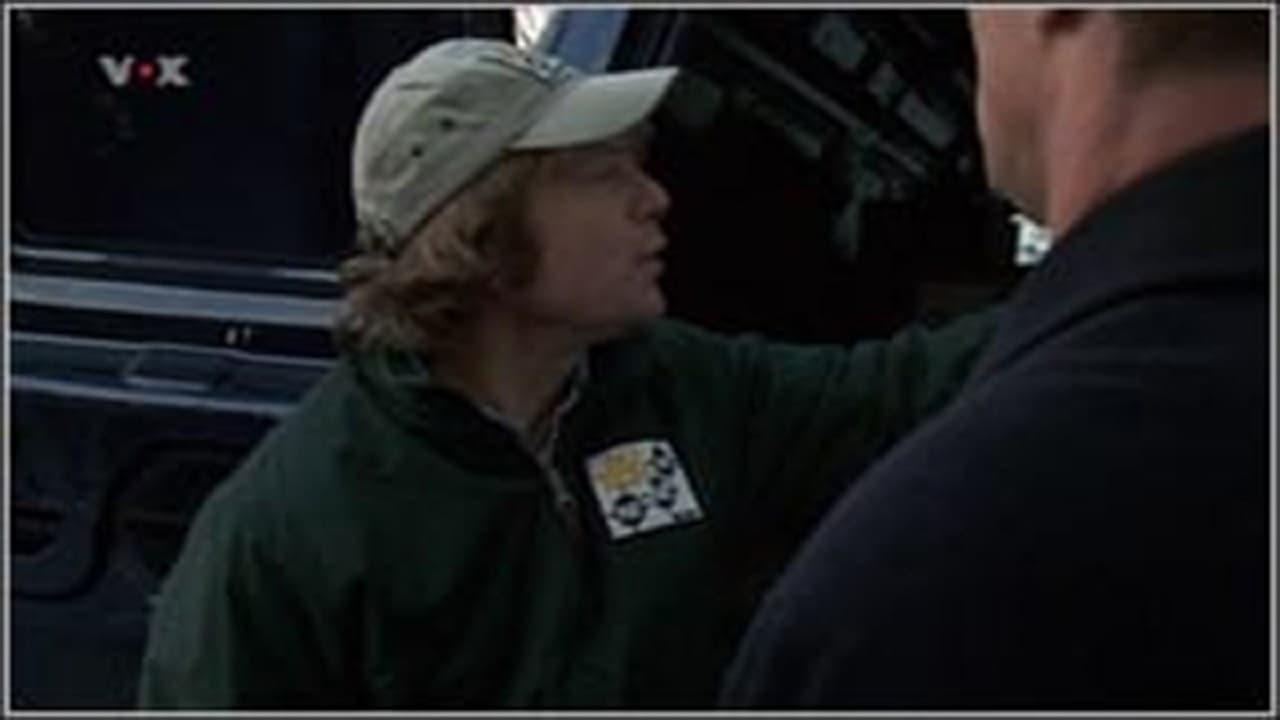 Law & Order: Special Victims Unit Season 3 :Episode 17  Surveillance