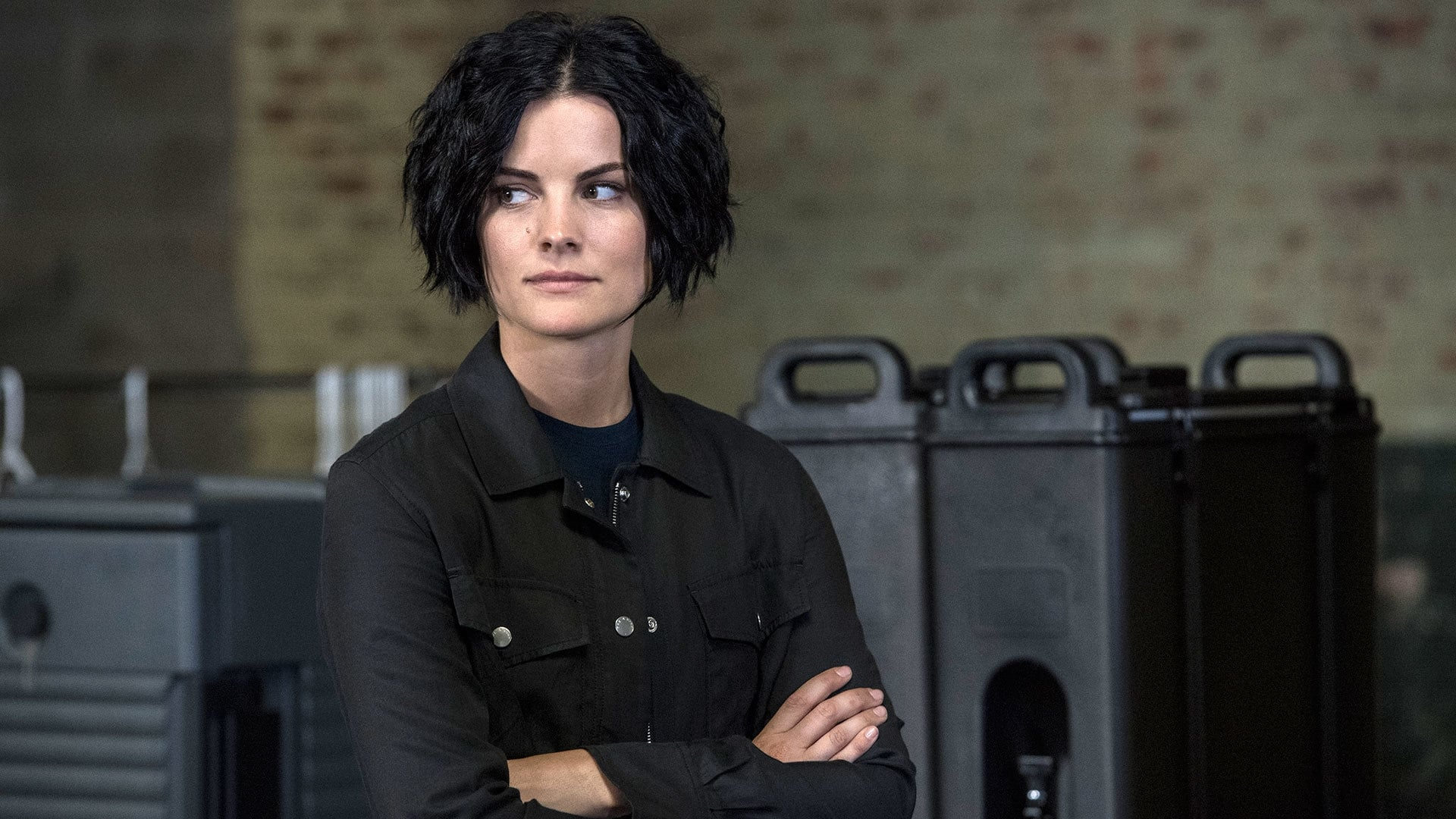 Blindspot Season 2 :Episode 8  We Fight Deaths on Thick Lone Waters