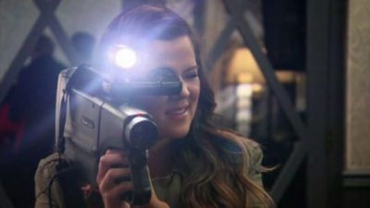 Keeping Up with the Kardashians - Season 8 Episode 14 : Backdoor Bruiser