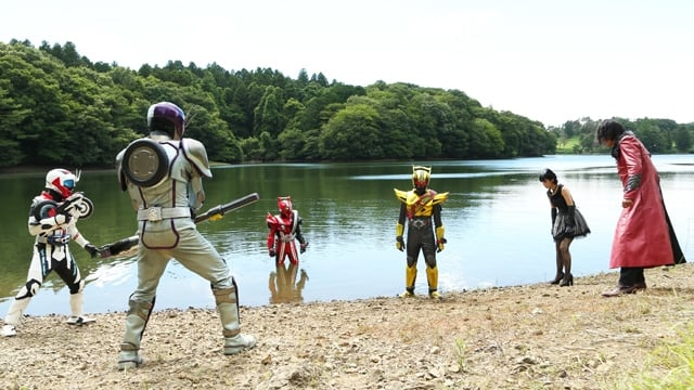 Kamen Rider Season 25 :Episode 44  Who Loves Heart the Most?