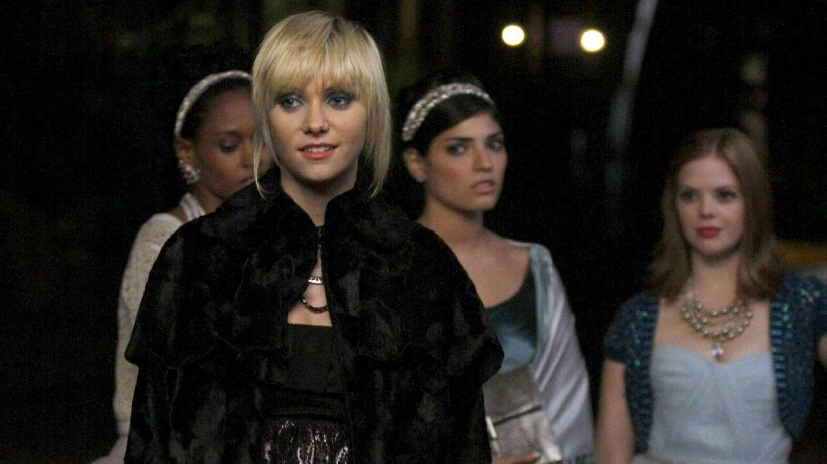 Gossip Girl - Season 2 - Watch Online Movies for Free on ...