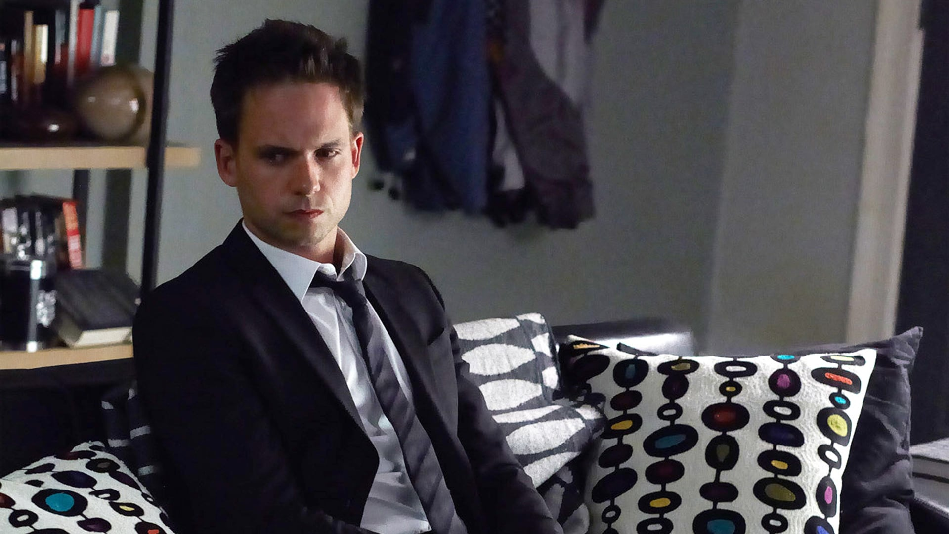 Suits Season 2 :Episode 11  Blind-Sided