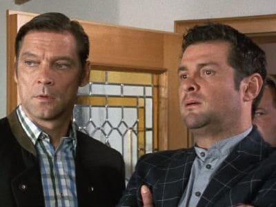 Die Rosenheim-Cops Season 8 :Episode 28  Jo unter Verdacht