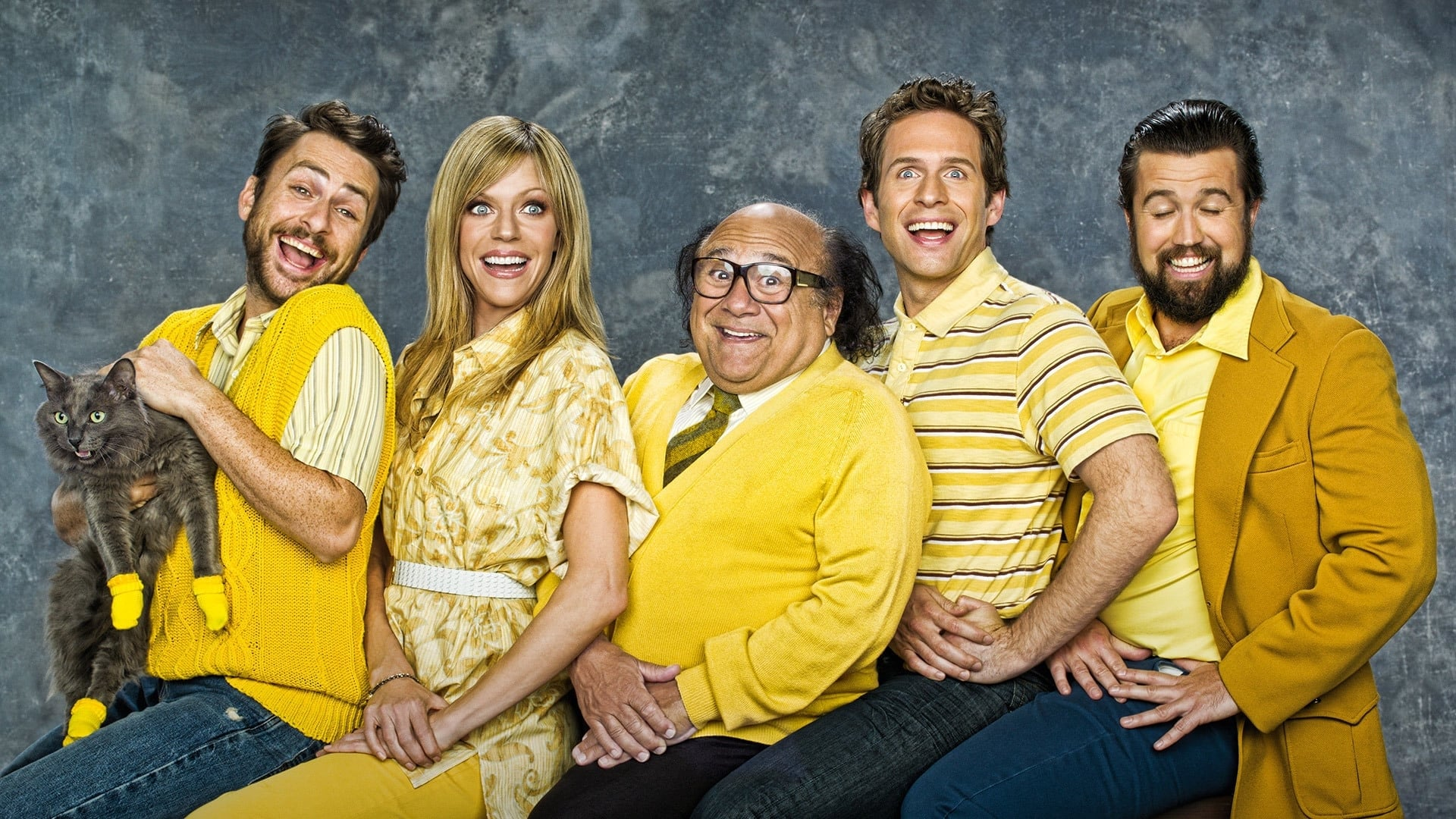 It's Always Sunny in Philadelphia - Season 0 Episode 38 : Frank Reynolds' How to Be a Warthog