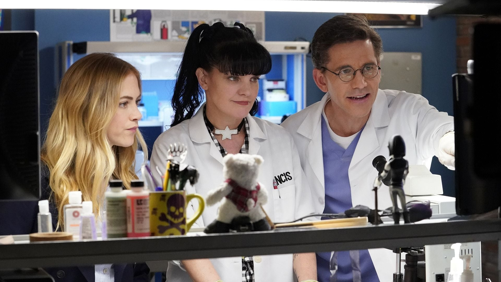 NCIS Season 15 :Episode 21  One Step Forward