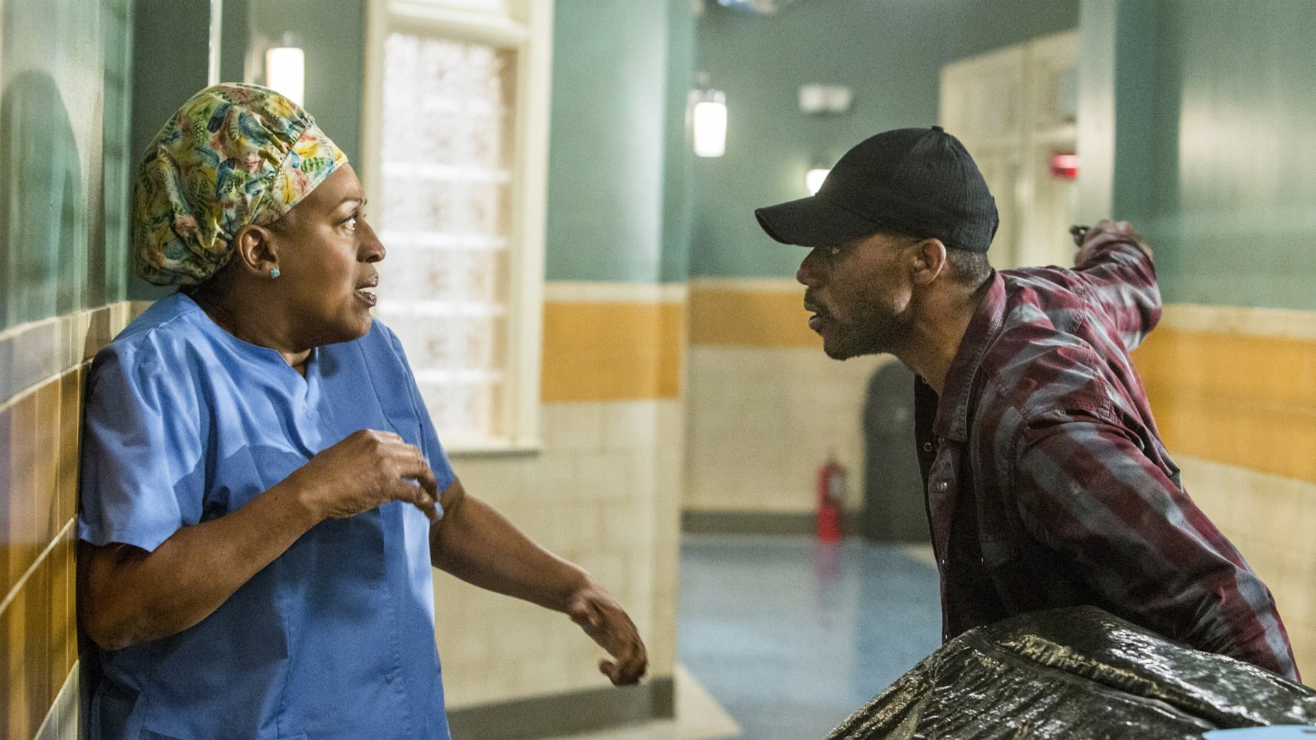 NCIS: New Orleans Season 1 :Episode 19  The Insider