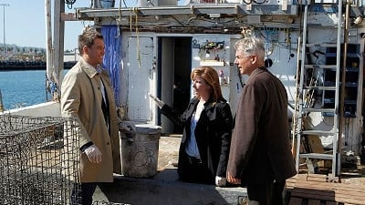 NCIS Season 11 :Episode 6  Oil & Water