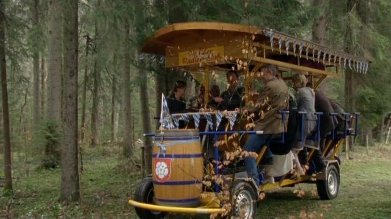 Die Rosenheim-Cops Season 12 :Episode 5  Betriebsausflug in den Tod