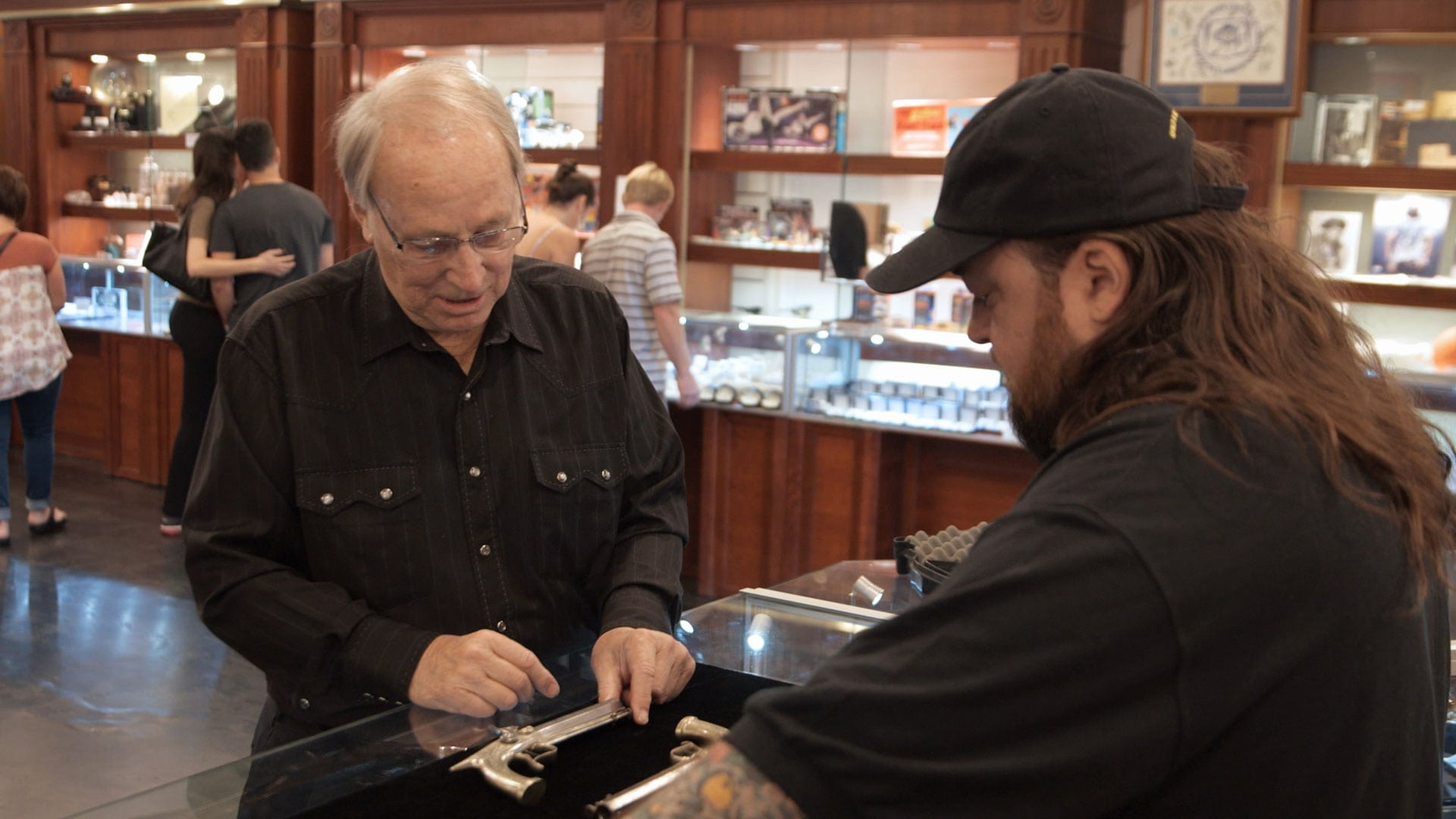 Pawn Stars Season 14 :Episode 15  Lock Stock and Two Nickel Barrels