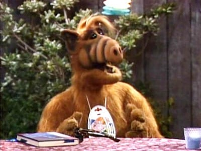 ALF 3×19 – Superstición