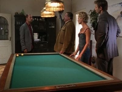 Die Rosenheim-Cops Season 8 :Episode 26  Der fast perfekte Mord