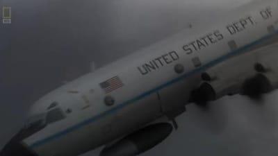 Mayday Season 13 :Episode 9  Into the Eye of the Storm (Hurricane Hunters NOAA42)