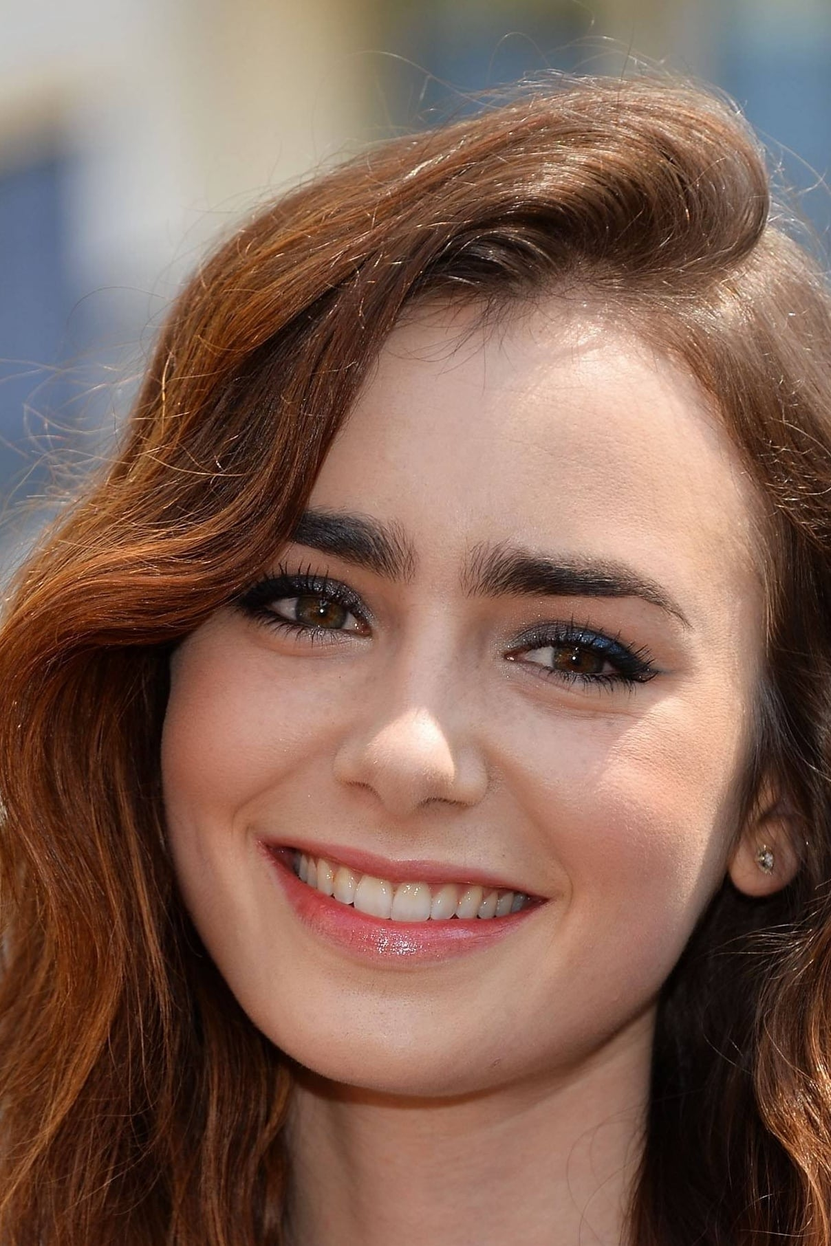 Watch Lily Collins Mov...