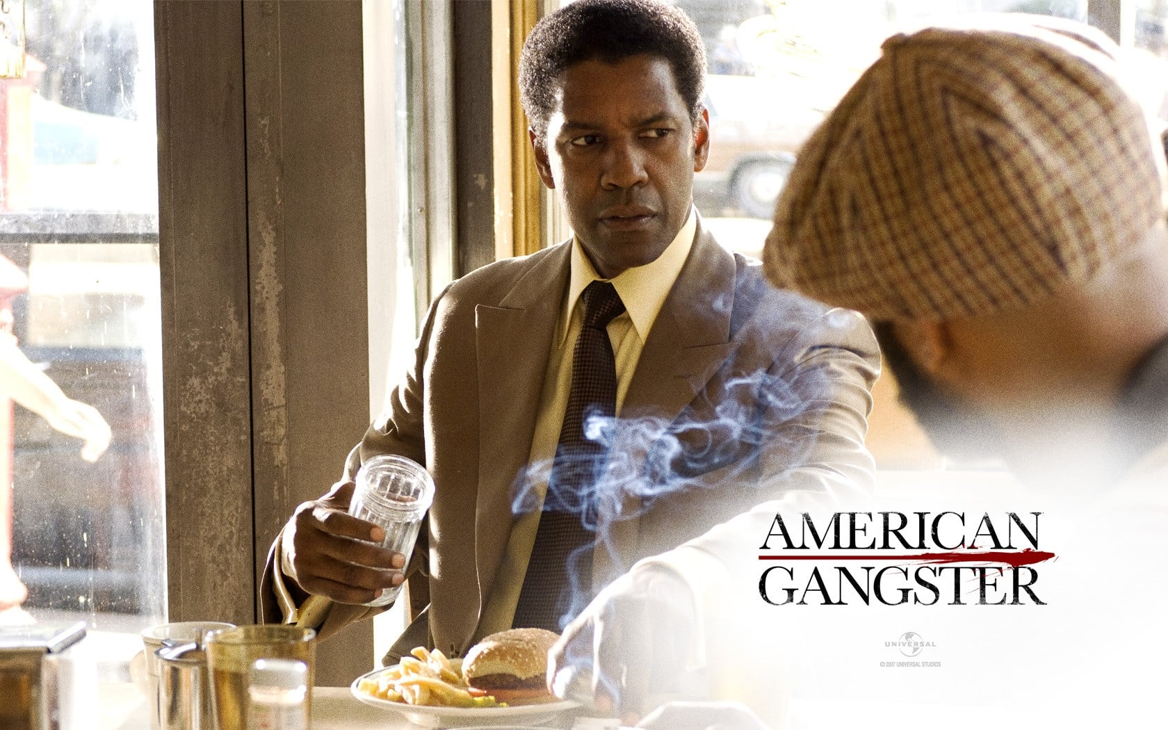 american gangster essay American gangster struggles to find fresh ways to tell its story within the confines of the traditional crime drama impossible, maybe, but entertaining nonetheless.