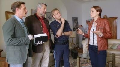 Die Rosenheim-Cops Season 17 :Episode 20  Da fehlt was