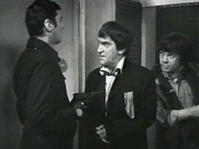 Doctor Who Season 6 :Episode 13  The Invasion, Episode Three