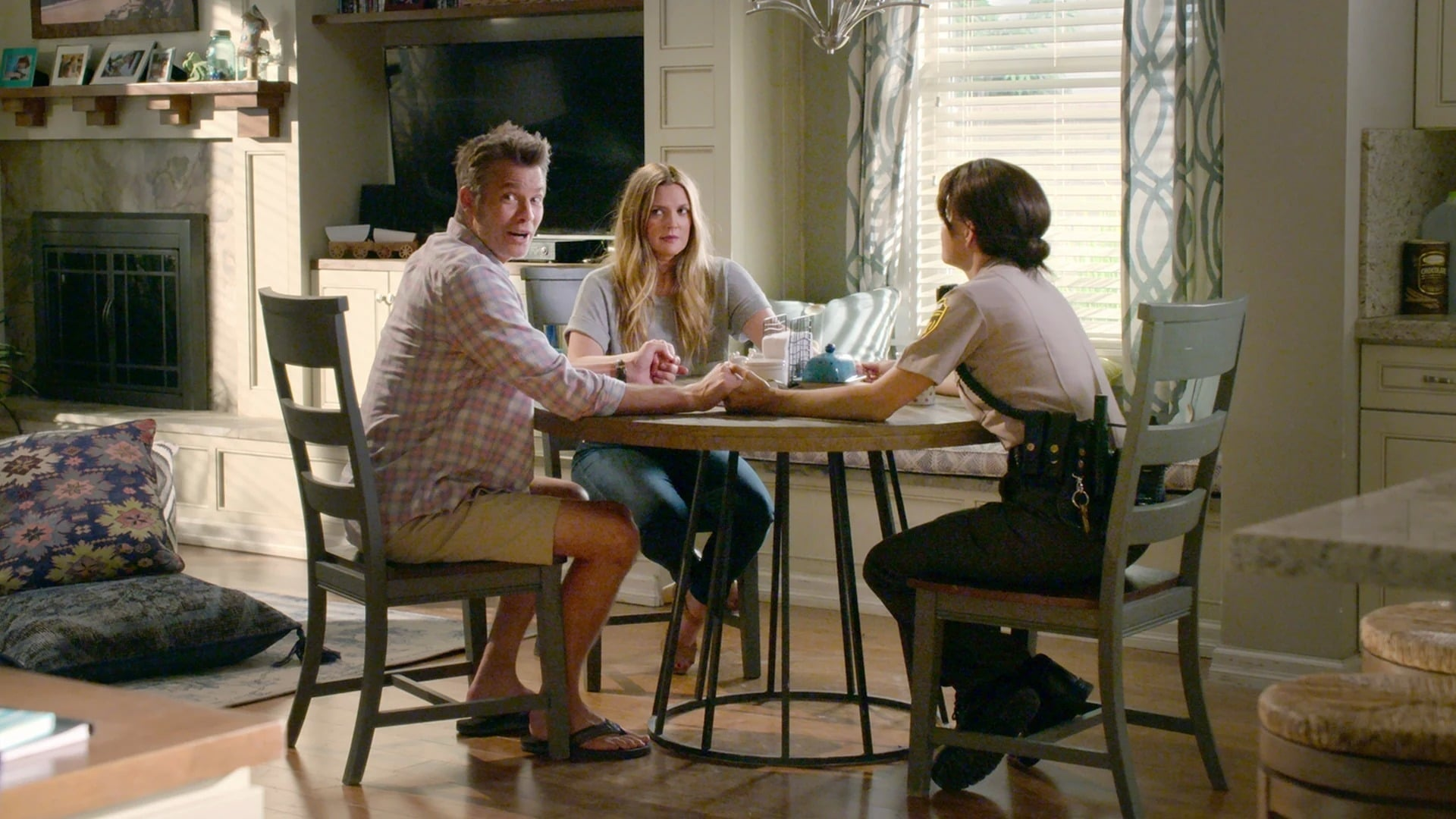 Watch Santa Clarita Diet Season 2 Episode 7 - A Change of Heart