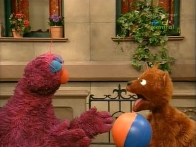 Sesame Street Season 36 :Episode 1  Telly Learns How to Catch a Ball
