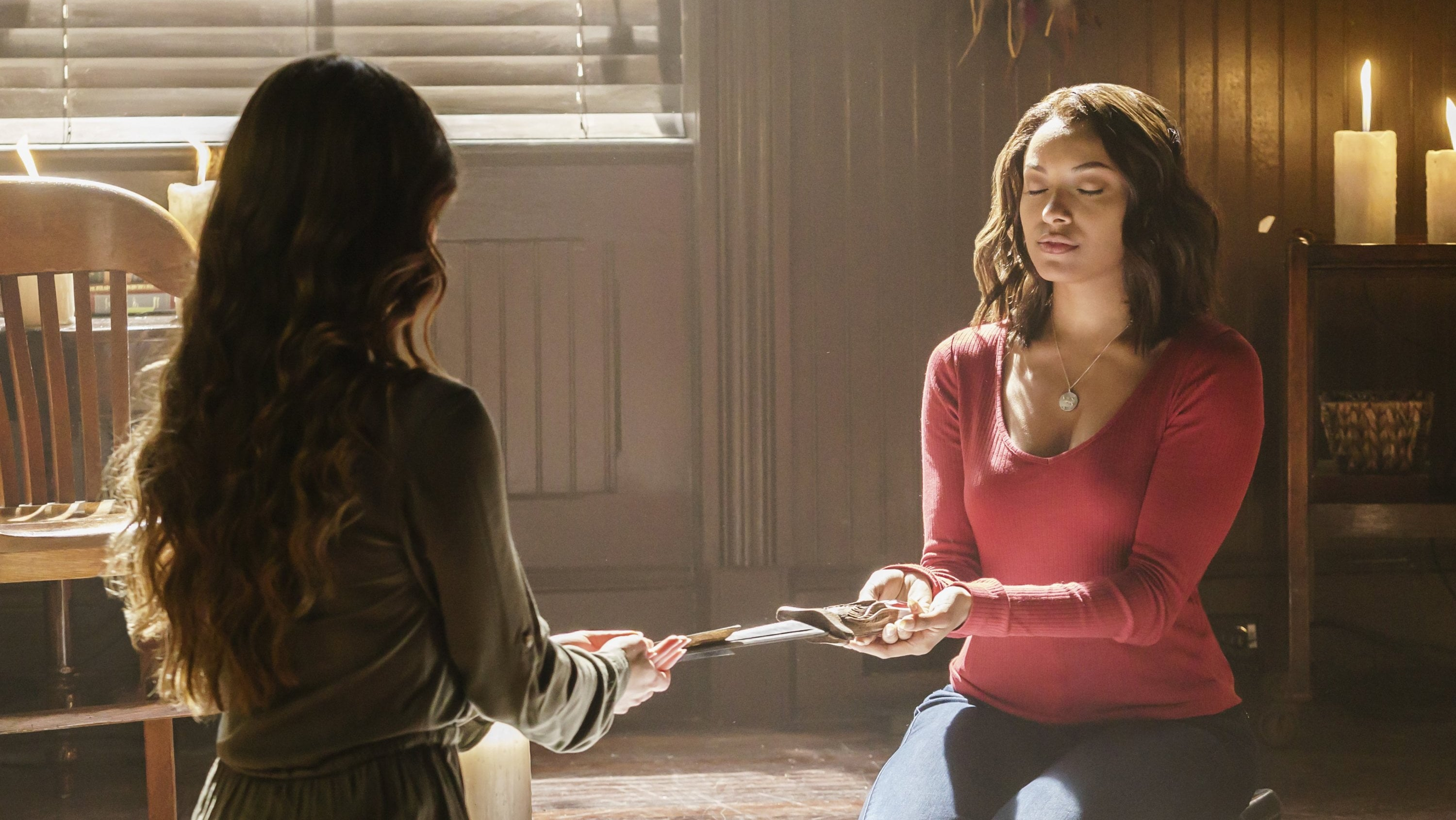 The Vampire Diaries Season 7 :Episode 12  Postcards from the Edge