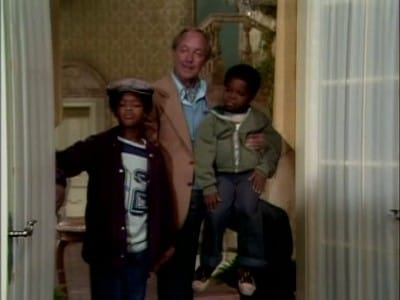 Diff'rent Strokes Season 1 :Episode 1  Movin' In