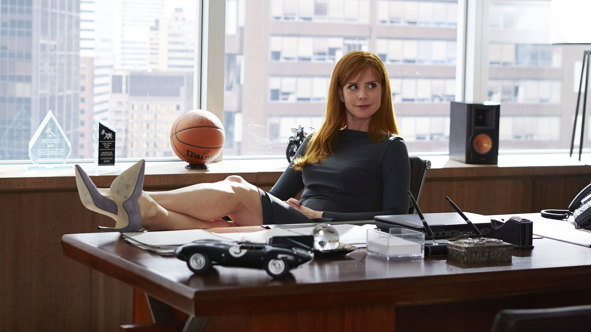 Suits - Season 4 Episode 13 : Fork in the Road