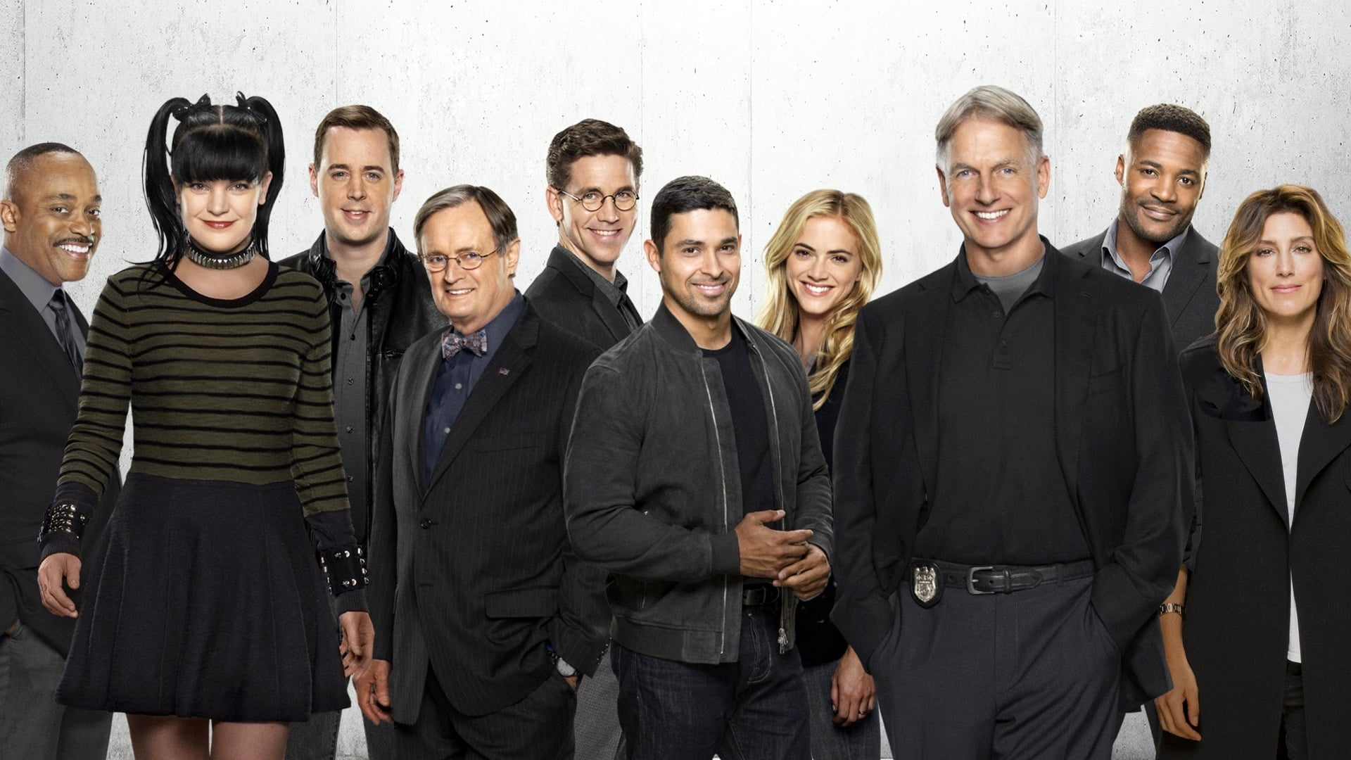 NCIS - Season 0 Episode 21 : Hit the Head Montage