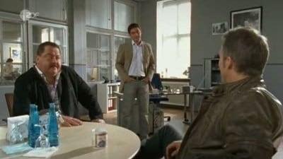 Die Rosenheim-Cops Season 7 :Episode 7  Fisslers Flucht