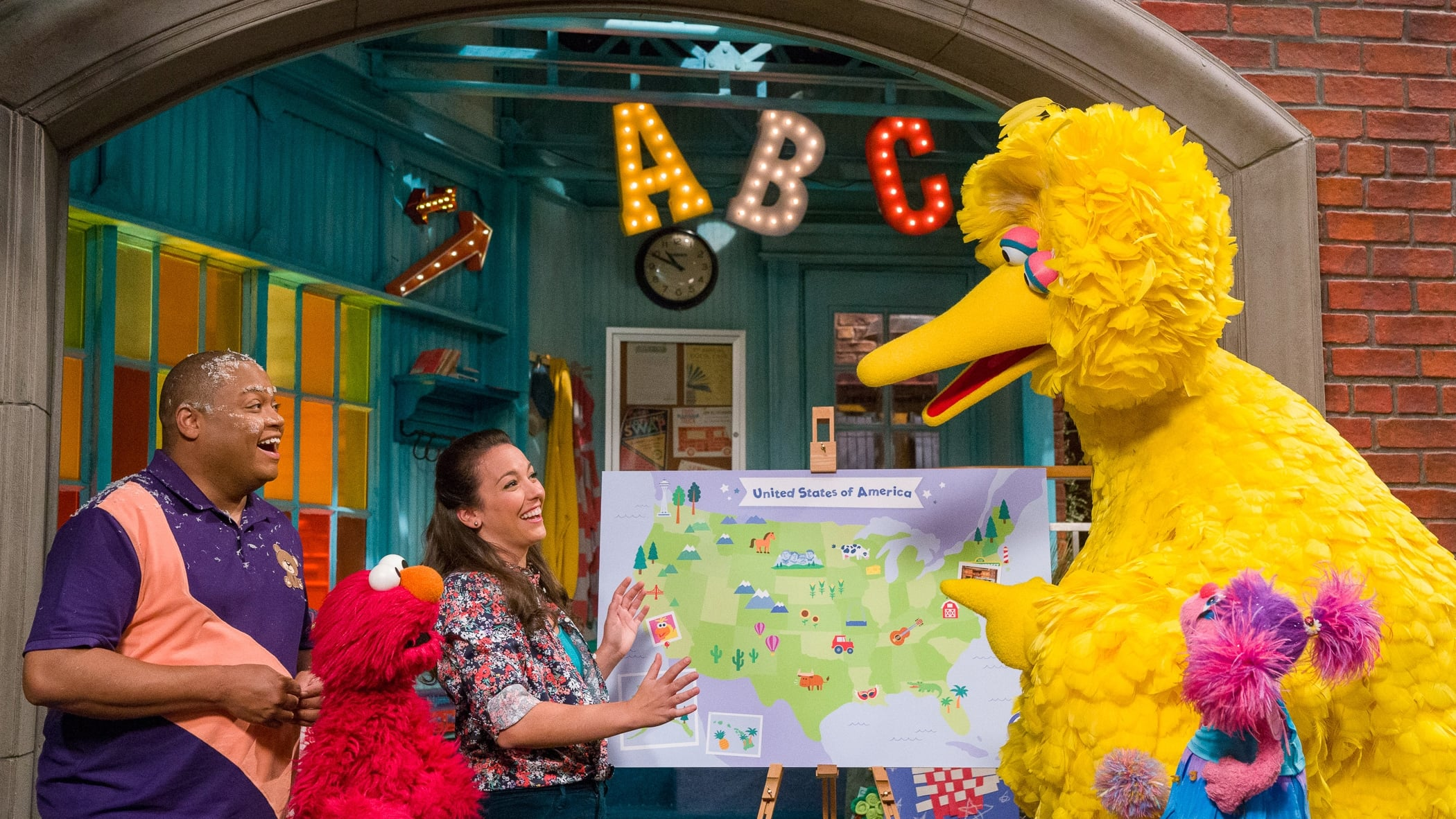 Sesame Street Season 50 :Episode 1  Big Bird Across America