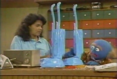 Sesame Street Season 20 :Episode 15  Episode 584