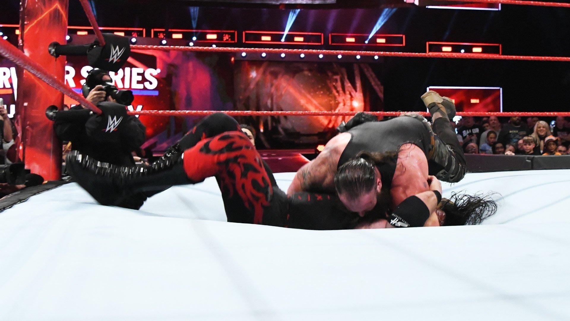 WWE Raw - Season 25 Episode 46 : November 13, 2017 (Atlanta, Georgia)