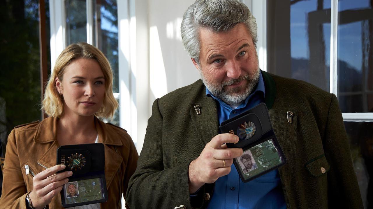 Die Rosenheim-Cops Season 19 :Episode 25  Ein verräterischer Duft