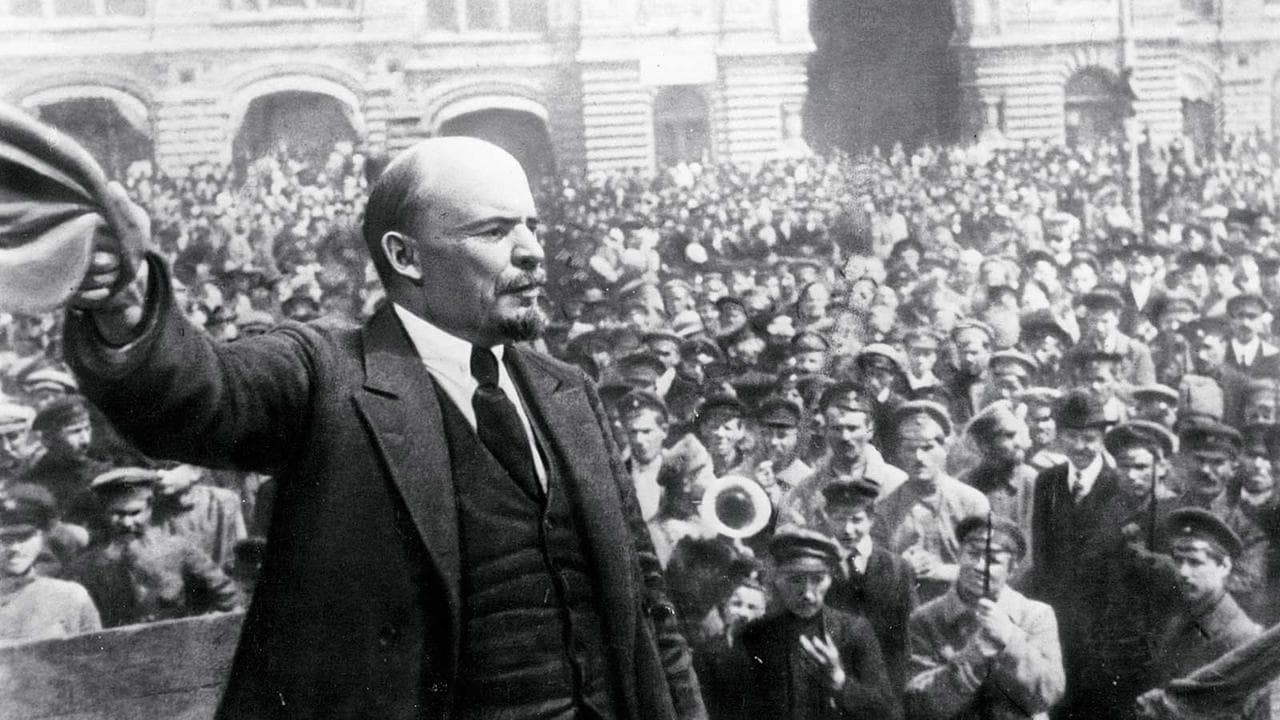 Padenie dinastii Romanovykh (1927)